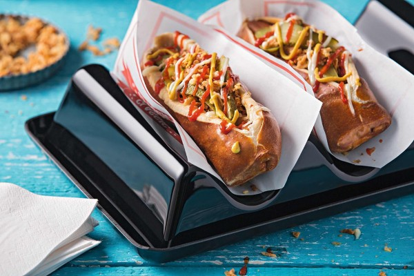 Laugen-Hot-Dogs (Bildrechte/Urheber: Schöller Backwaren)