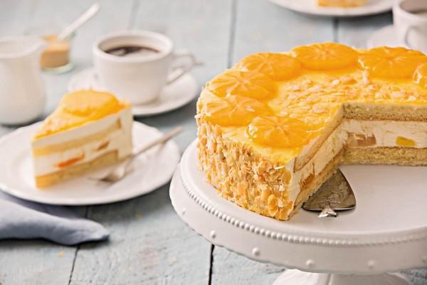 """Torte des Jahres 2018 – """"Panna-Cotta""""-Orange (Bildrechte/Urheber: Schöller Backwaren)"""